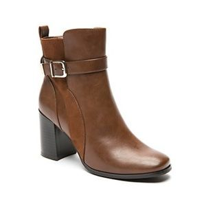 NWIB The Limited Gianna booties
